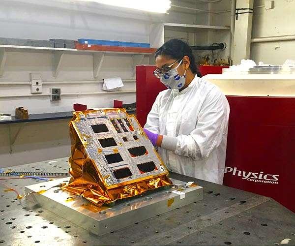 Lunar solar experiment build completed despite challenges
