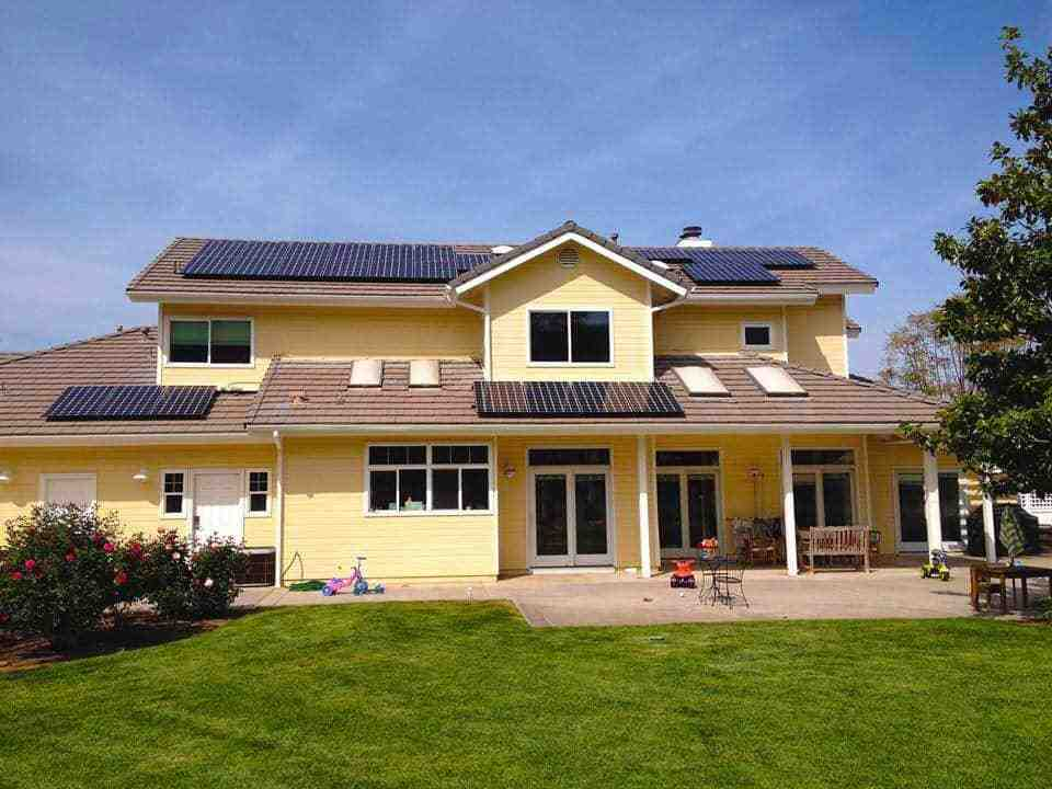 How do I find a reputable solar company?