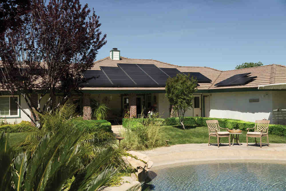 How much does it cost to clean solar panels?