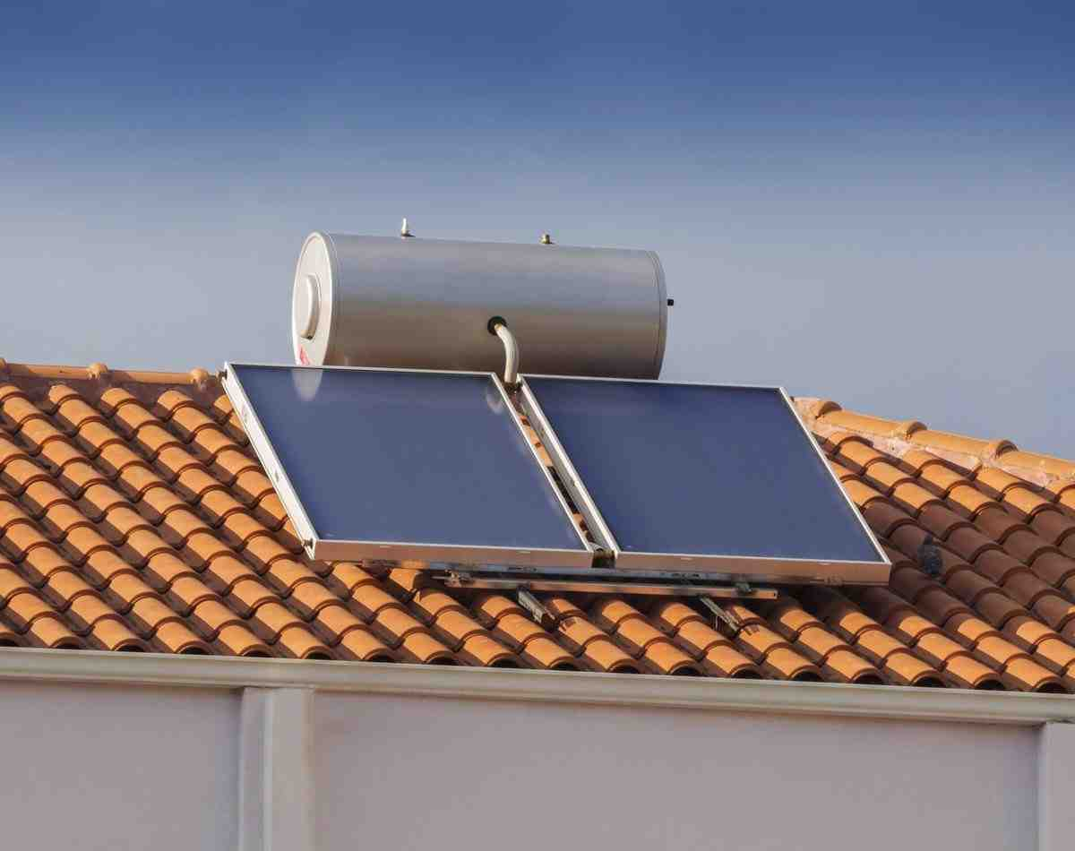 Is solar water heater Cannot be used to get hot water on?