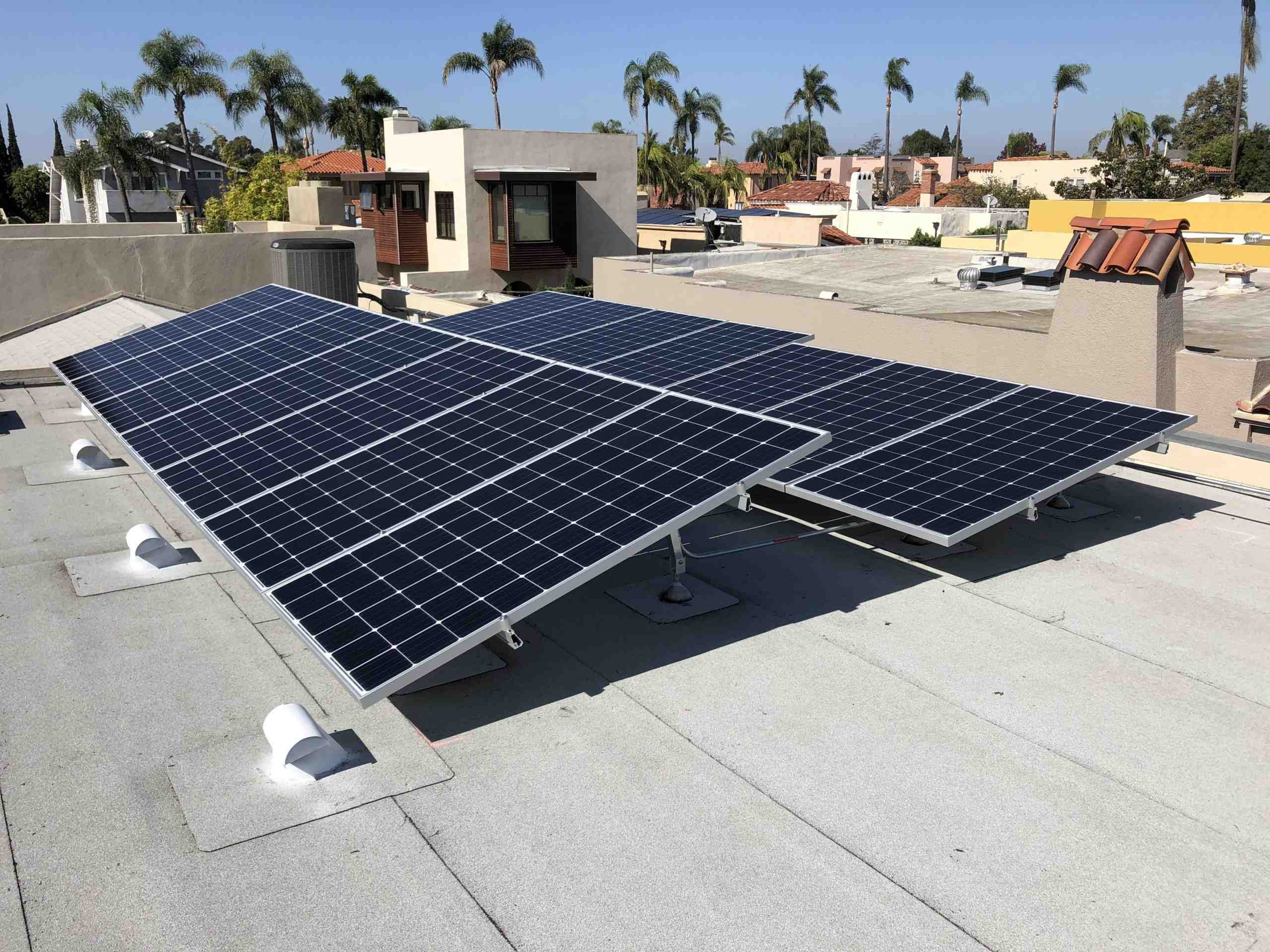 Can you get free solar panels in California?