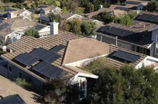 Does California have incentives for solar panels?