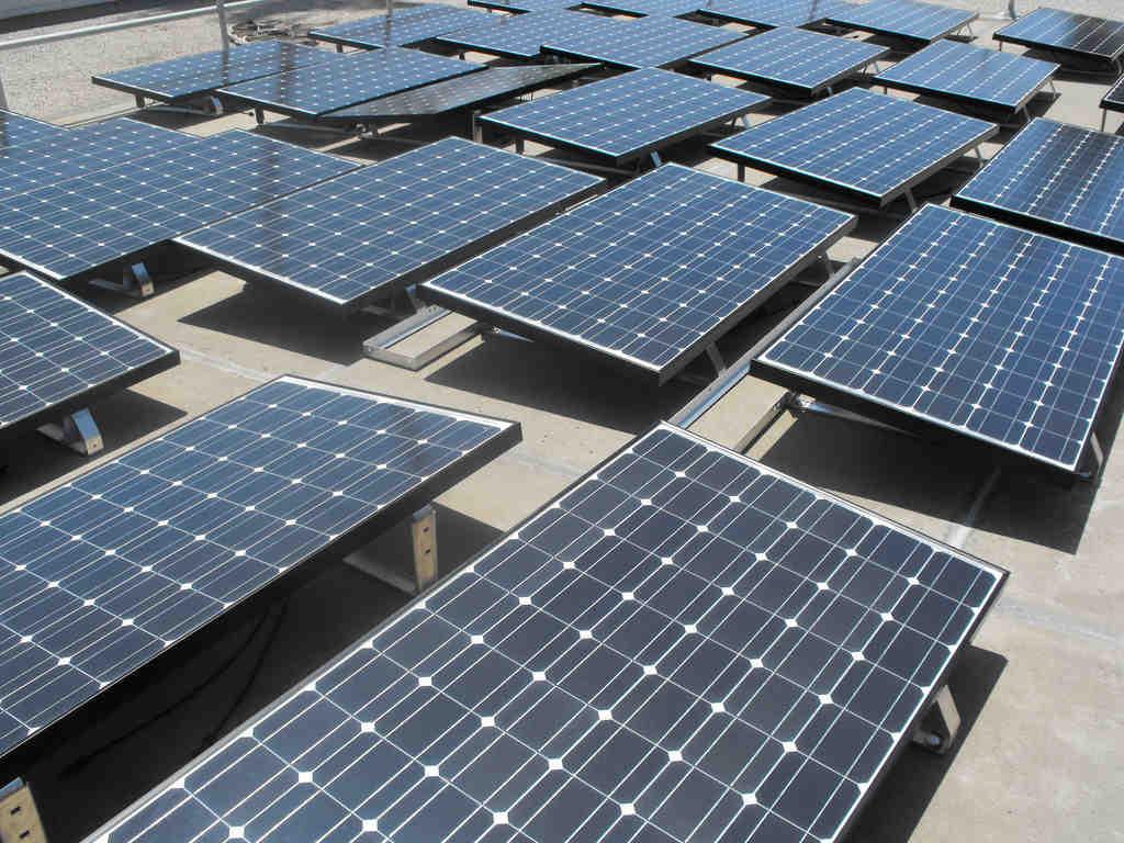 Does SDG&E pay you for solar power?