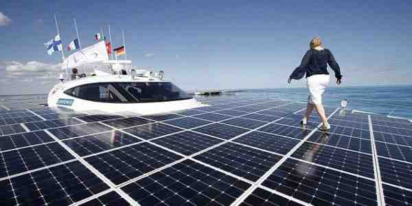 How many solar panels are needed to power a boat?
