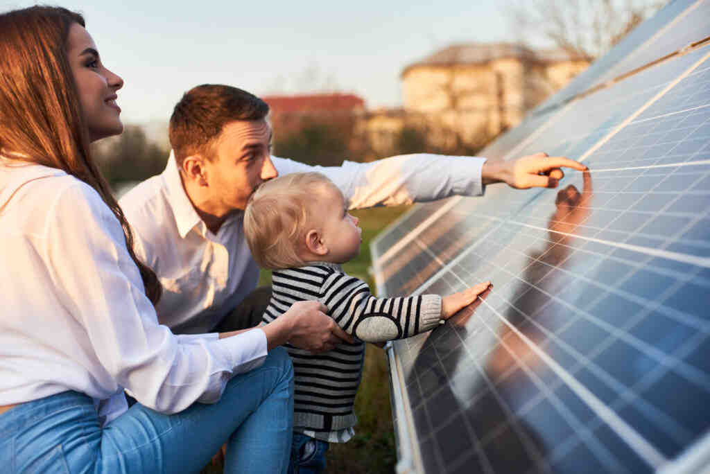 How much does it cost to install solar panels on your roof in India?