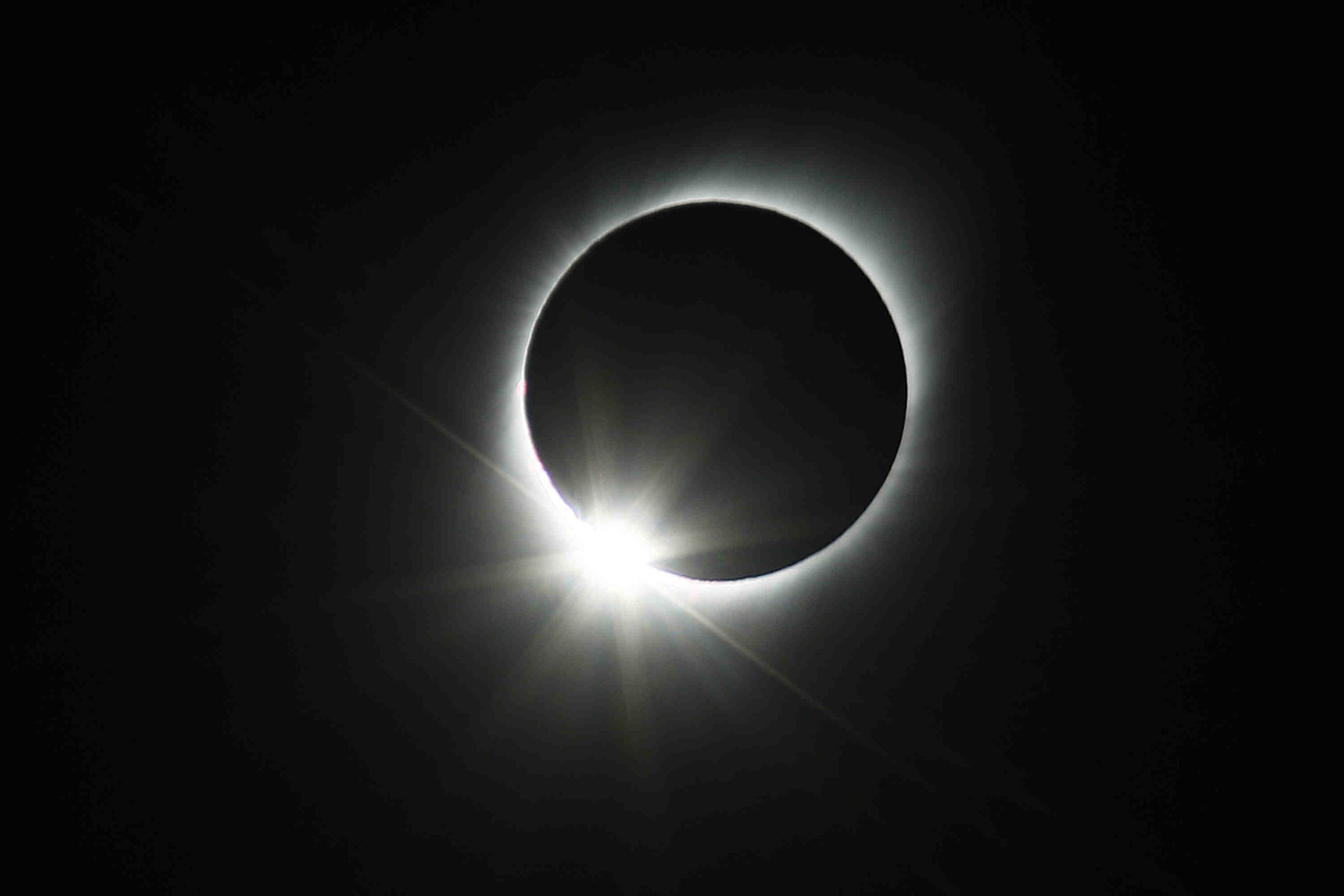 Is solar eclipse visible in San Diego?