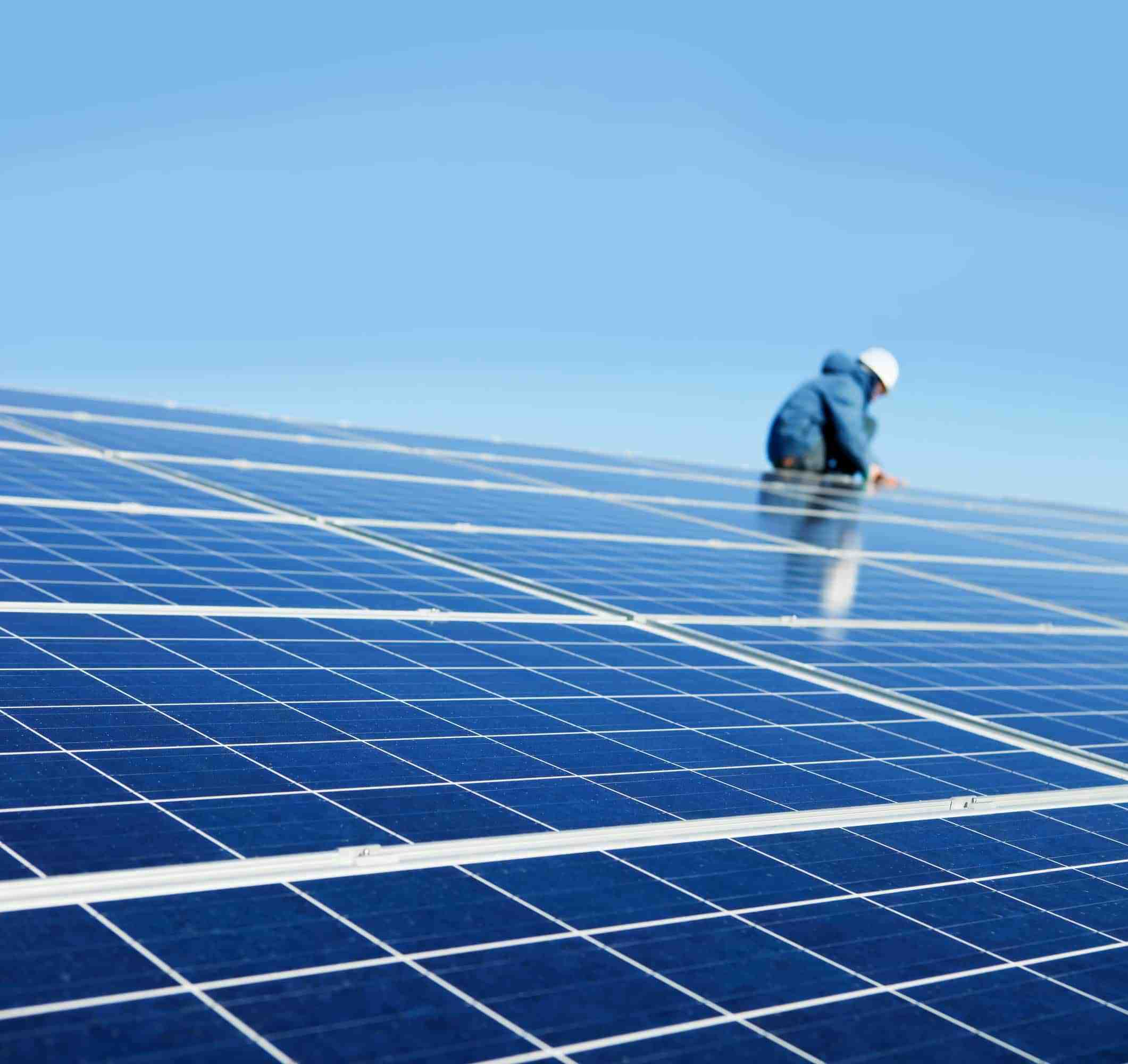 What are 5 advantages of solar energy?