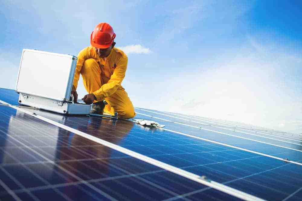 What is the catch with free solar panels?