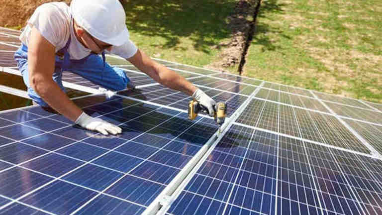 Can used solar panels be sold?